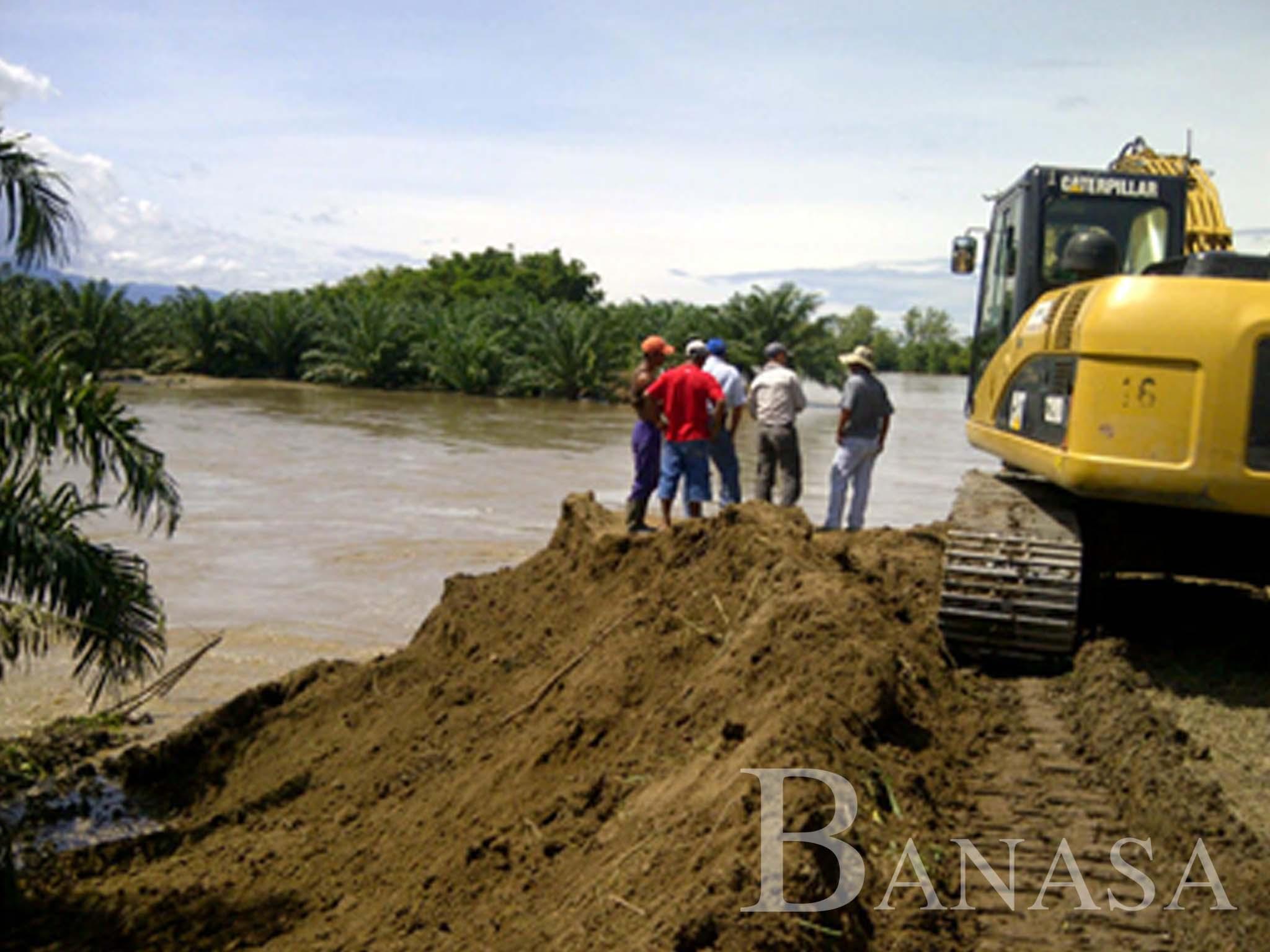 BANASA APOYA LA REPARACIÓN DE LA BOCABARRA DEL RÍO PACAYÁ PARA EVITAR INUNDACIONES EN LAS COMUNIDADES