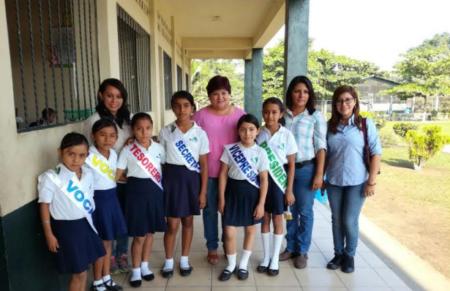 Escuela Mojarras se capacita por Funcafe